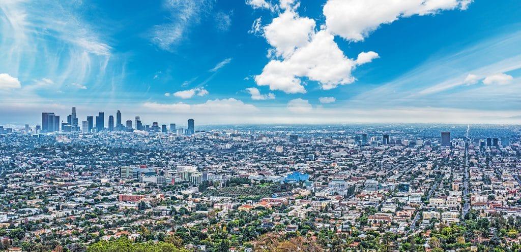 Painting Los Angeles Red – Get Good Street Views